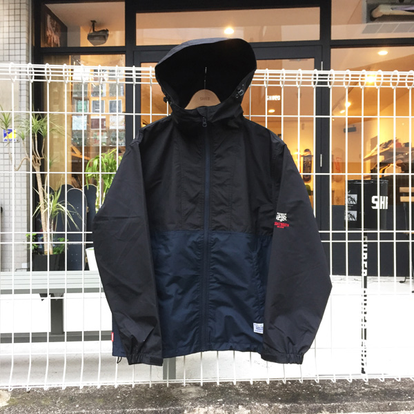MOUNTAIN-PARKA.3
