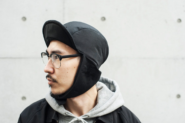 EAR-FLAP-CAP-Black.3