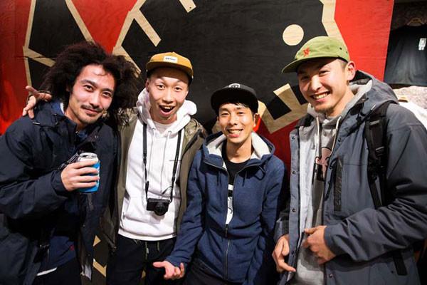 RX6Y1661_JAPAN-CREW