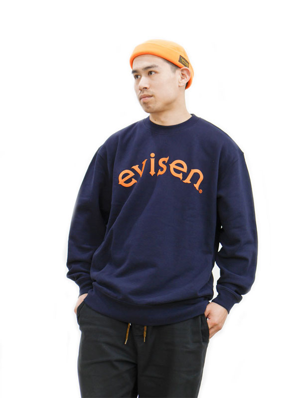 evisen_crew_neck_model_03